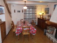 Le Malaval, Maison de charme dans village typique du Vercors